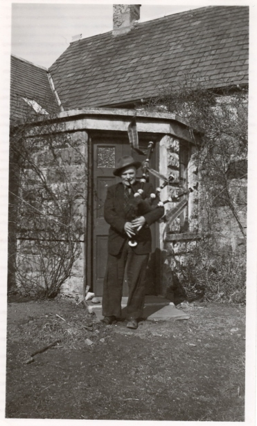Octavius visiting his mother in Scotland in 1951